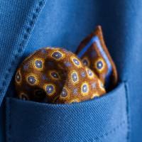 Elegante Monsieur lommetørklæder til den stilbevidste mand hos Hugo P